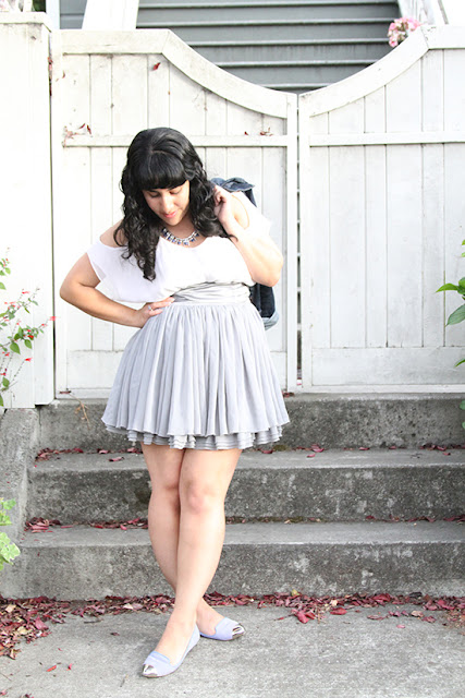 Alice + Olivia White Silk Top H&M Grey Skirt Summer Outfit