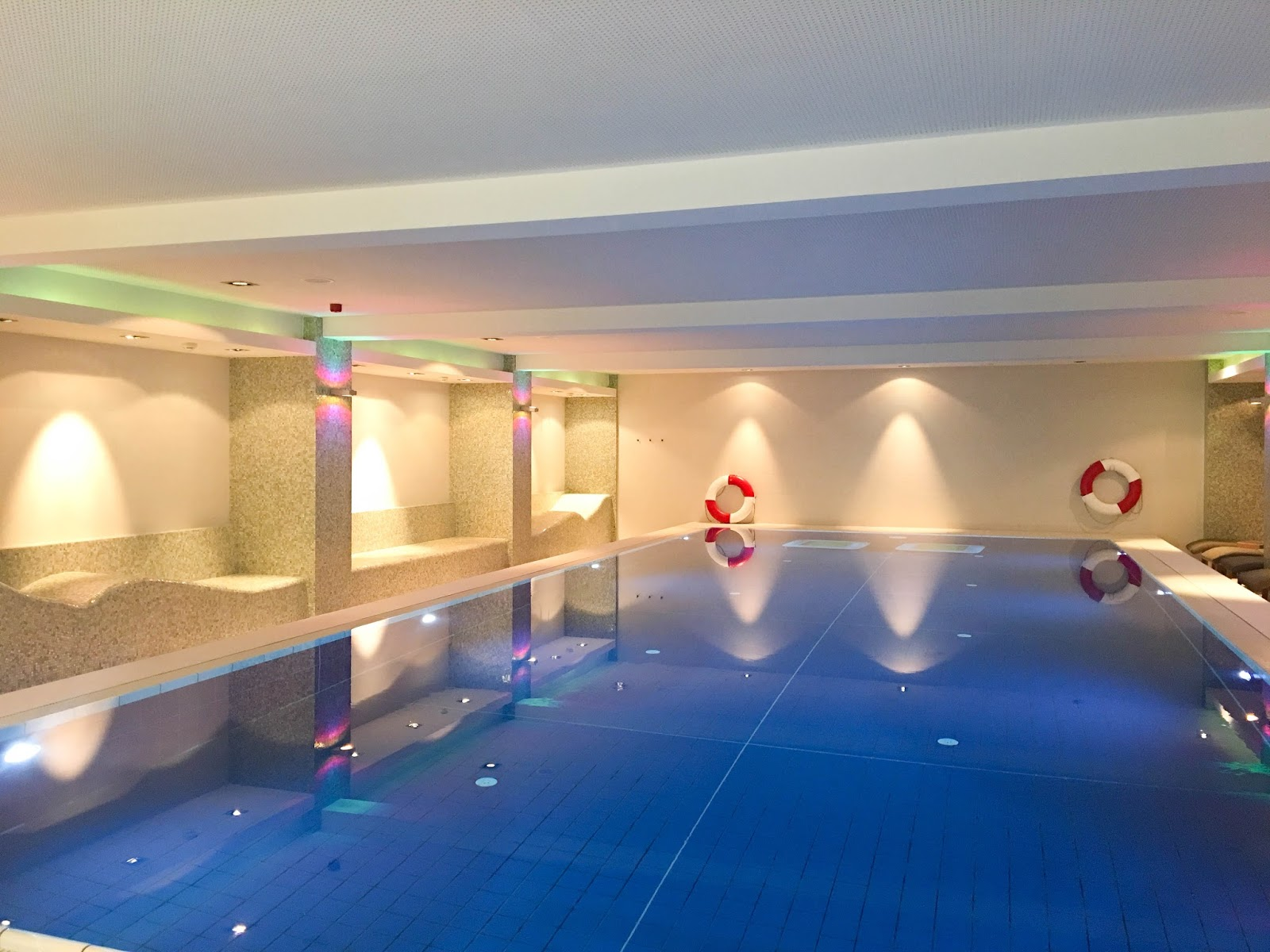 Spa-Therme-Pool-Hotel