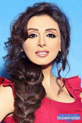 Angham, an Egyptian singer, was born on January 19, 1972.