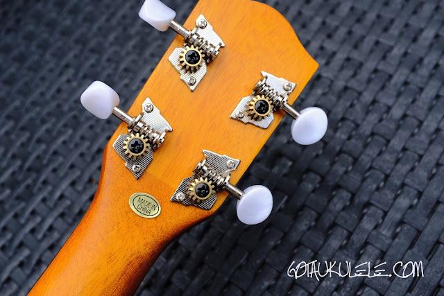 Clearwater roundback concert ukulele tuners