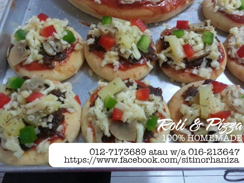 roti  pizza  homemade  nieyzas kitchen blog sihatimerahjambu Resepi Roti Pizza Mini Enak dan Mudah