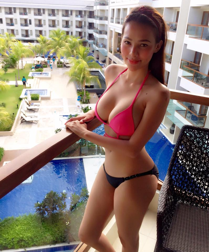 Hot Asian Girls In Bikini