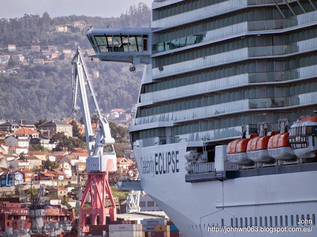 fotos de barcos, imagenes de barcos, celebrity eclipse, celebrity cruise lines, luna, megayate, vigo