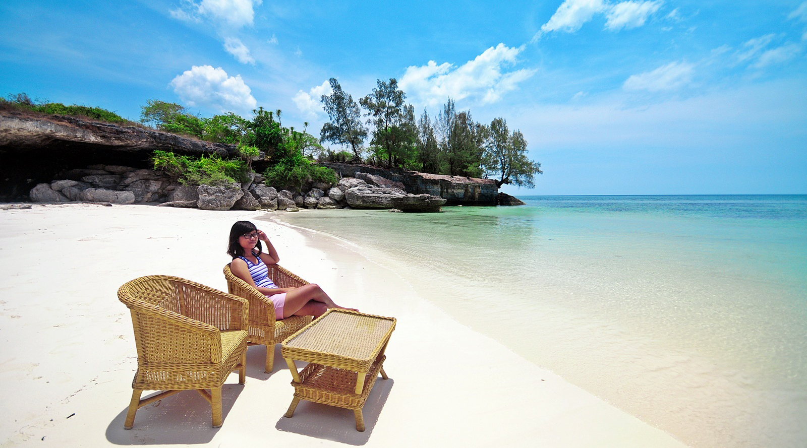 Pantai Baloiya tempat wisata pantai makassar reklamasi pantai makassar 2016 pantai seruni makassar selayar indah dan seksi cewek manis pamer paha mulus indah