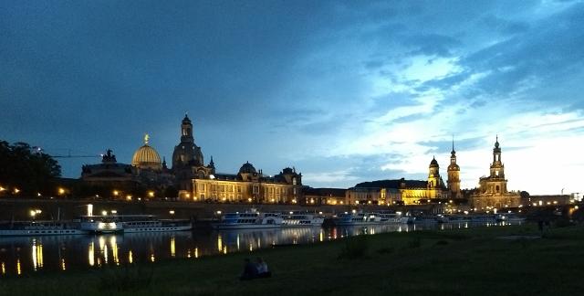 Dresden de nit