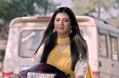 Fikar Video Song Actress Isha Rikhi