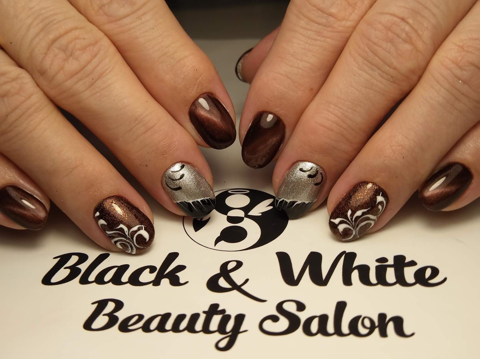 Black & White Nails Art Disign: Johnny Cash Nine Inch Nails Cover
