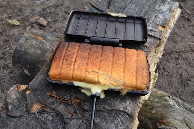 kaasbroodje uit de pie iron