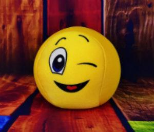 Zâmbiţi, că nu doare!