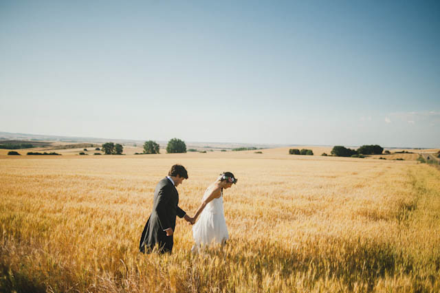 boda rural wedding segovia corona flores