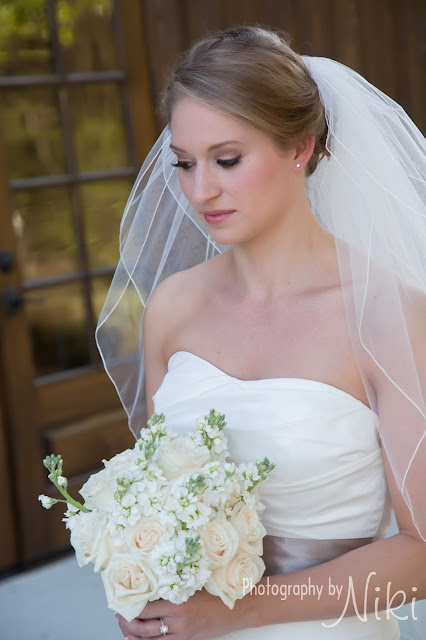 Photography by Niki _ Carriage House _ Woodlands Bridal Makeup _ Natural Bridal Makeup