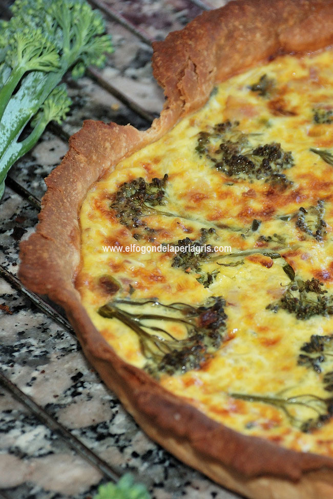 Detalle quiche de bimi y bacon