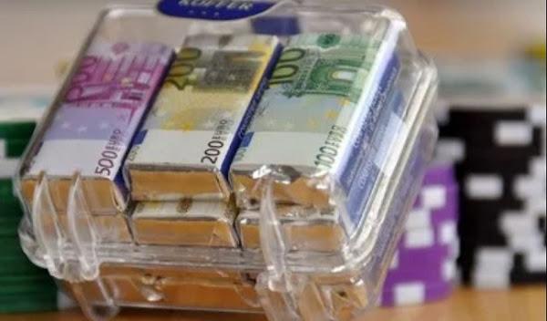 Καταδικάστηκε στην Πάτρα σε ισόβια για υπεξαίρεση 43 εκ. ευρώ αλλά κυκλοφορεί ελεύθερη