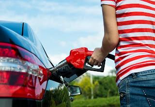Cómo ahorrar combustible en verano - Fénix Directo Blog