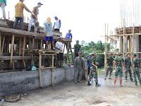 Bersama Masyarakat, Denpal Divif 2 Kostrad  Gelar Karya Bhakti Bangun Masjid