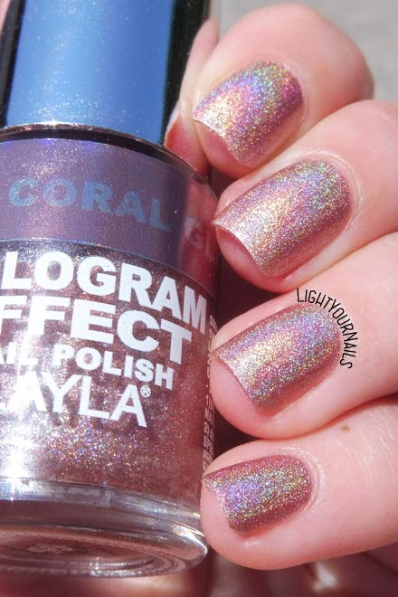 Smalto olografico Layla Hologram Effect 02 Coral Glam holographic nail polish #holo #nails #unghie #layla #lightyournails