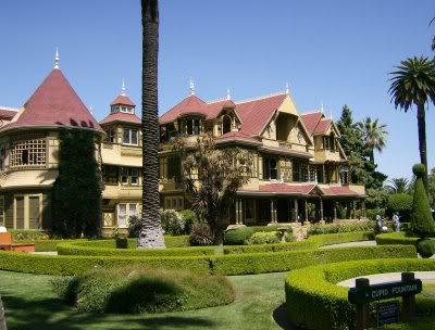 Rumah-Sarang-Hantu-The-Winchester-Mystery-House