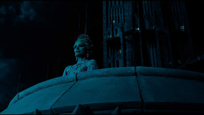 Maleficent Mistress Of Evil Michelle Pfeiffer Image 3