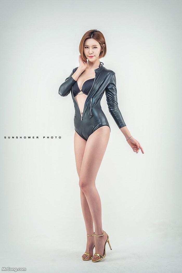 Người đẹp Ha Si Yeong khoe dáng gợi cảm với nội y (14 ảnh)