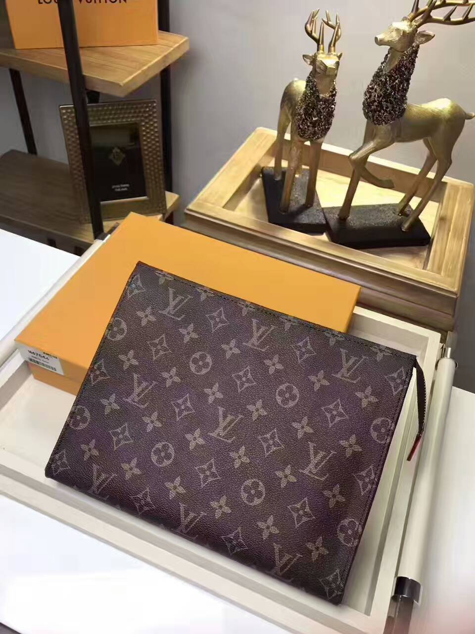 5f38dd82370 Fkers999  Louis Vuitton Damier   Monogram Clutch