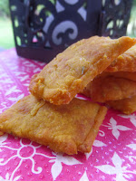 http://www.mynomadcuisine.com/2015/03/pumpkin-and-cheese-crackers-biscuits.html