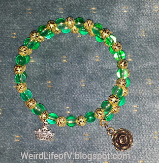 DIY: Game of Thrones - House of Tyrell inspired beaded memory wire bracelet