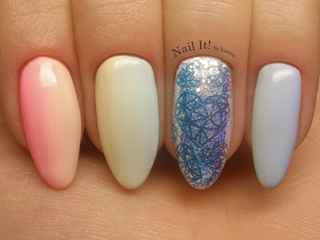 "Indigo ""Pixel Effect"" (Swatch & Review) + B.Loves Plates ""B.00 Rainbows and Unicorns"" stamping plate = the cutest Nail Art that I ever made!"