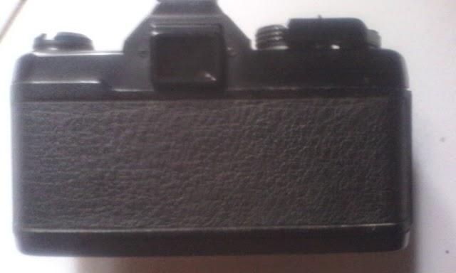 Yashica FX-3 super 2000 belakang