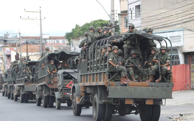 Exército toma as ruas do Rio de Janeiro
