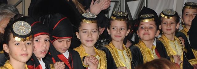 """""""Ταξιδεύοντας στις Αλησμόνητες Πατρίδες με χορούς και τραγούδια και από τον Πόντο"""""""
