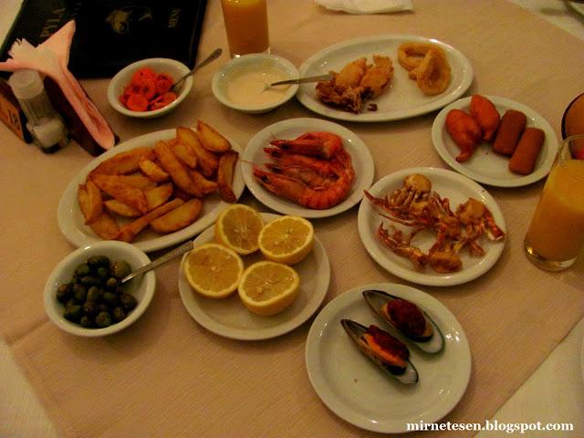 Пила - рыбное мезе в ресторане Fish Tavern