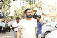 Aishwarya Rai Father Prayer Meet With Suniel Shetty Abhishek Bachchan  0014.JPG