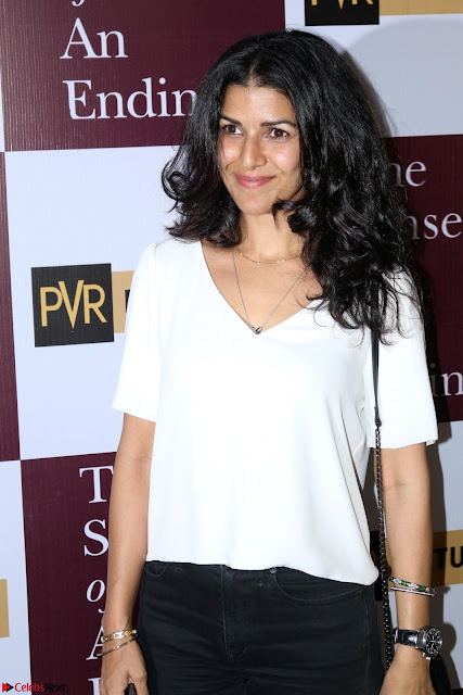 Nimrat Kaur and Naseeruddin Shah at Special Screening Of movie The Sense Of An Ending 02.JPG