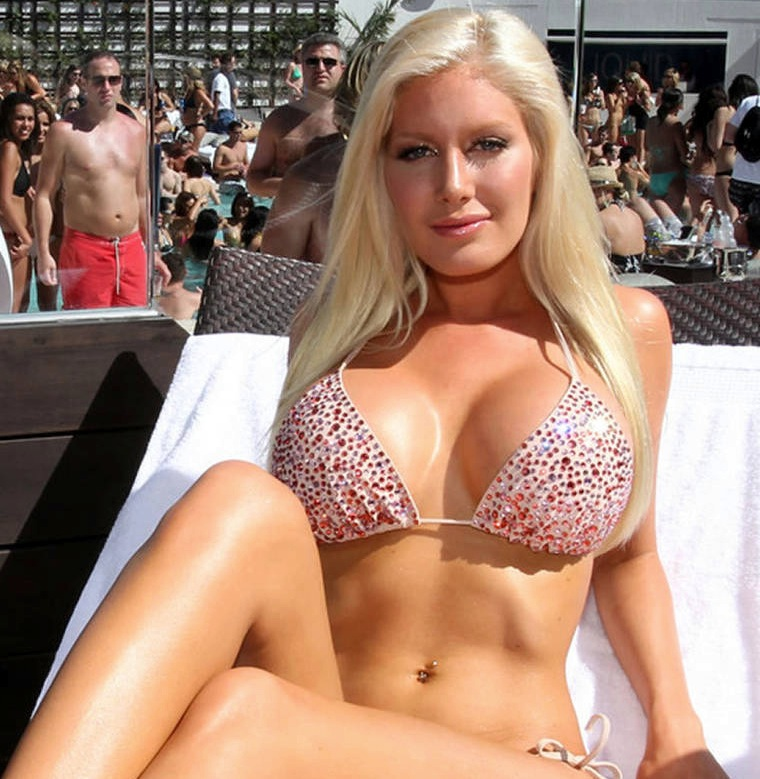 Heidi Montag Big Tits 12
