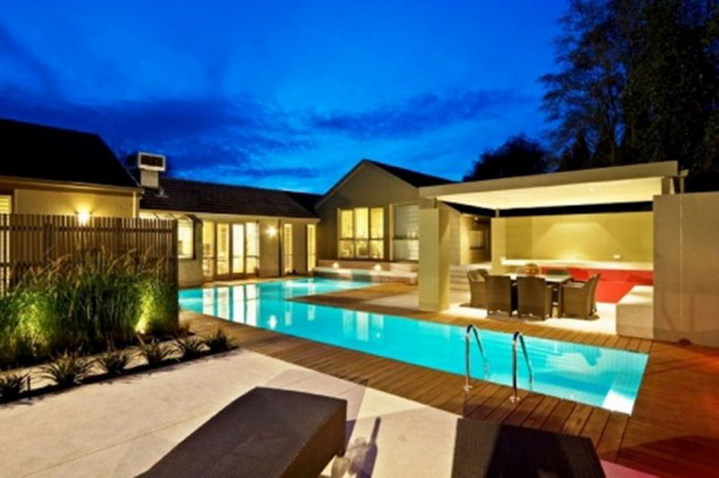 Modern ranch home with outdoor pool myideasbedroom com
