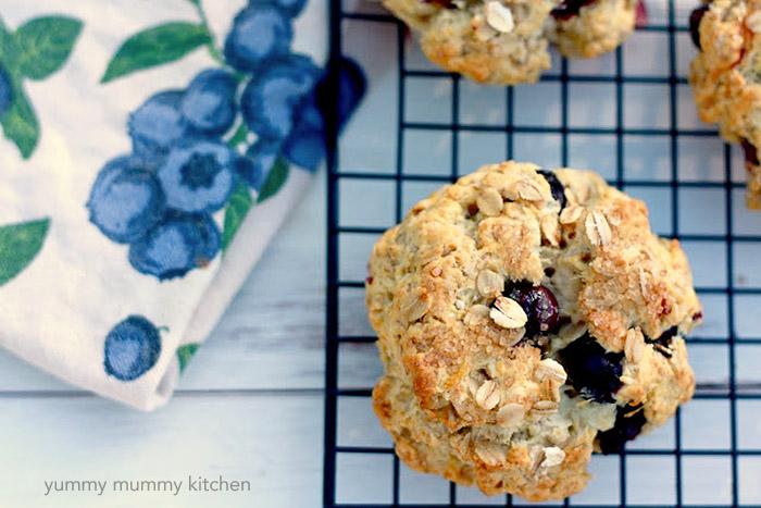 blueberry oat scones