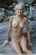Corinna(FEMJOY)