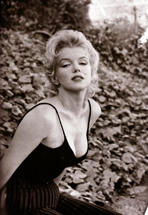 Marilyn Monroe Living Room Decor: Vintage Movie Star Photos: October 2014