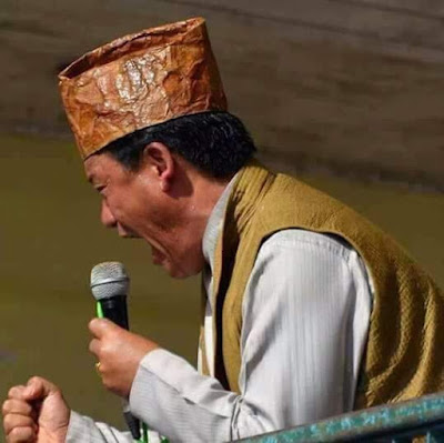 Bimal Gurung shouting crying for Gorkhaland