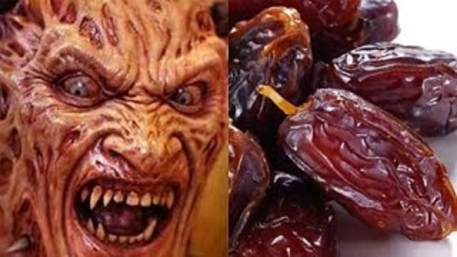 Woow..!!Tahukah Anda ?? Mengapa Buah Kurma dibenci Jin dan Setan? dan Kenapa harus dimakan dalam hitungan Ganjil? Berikut Penjelasannya.Bantu Share