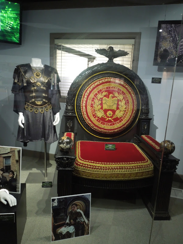 Gladiator movie costume throne prop