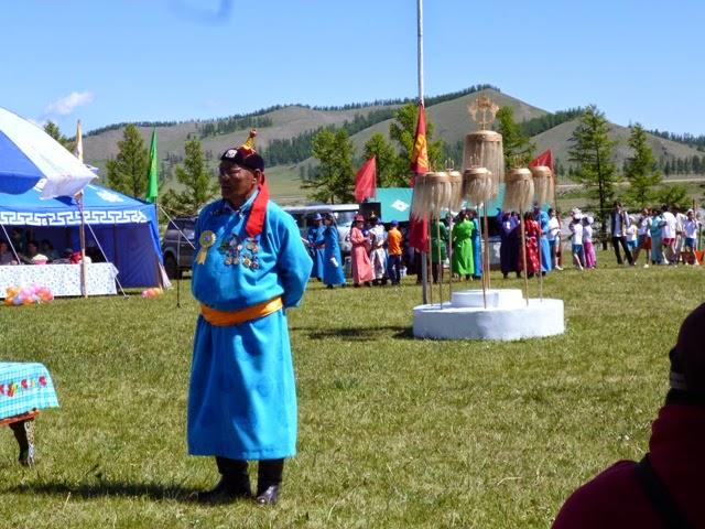 Celebrando el Naadam en Khatgal