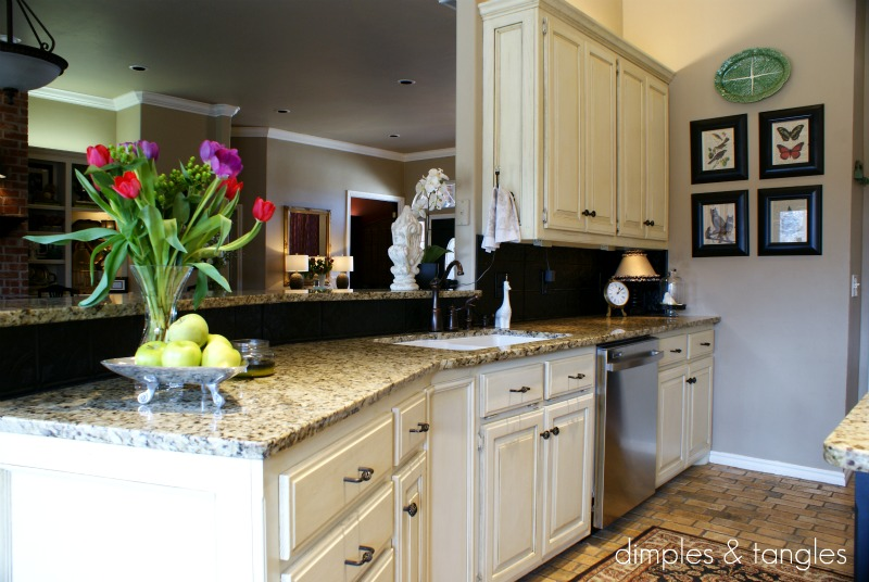 how to cover an ugly kitchen backsplash
