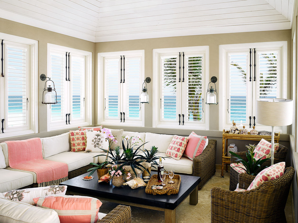 Coastal style harbour island retreat for Island home decor