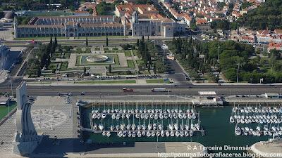 Lisboa - Belém - Doca de Belém, Monumento dos Descobrimentos, Praça do Império e Mosteiro dos Jerónimos