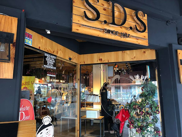 Lunch @ SDS BAKERY & CAFE