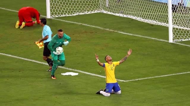 Brasil vence Alemanha nos pênaltis e é campeão