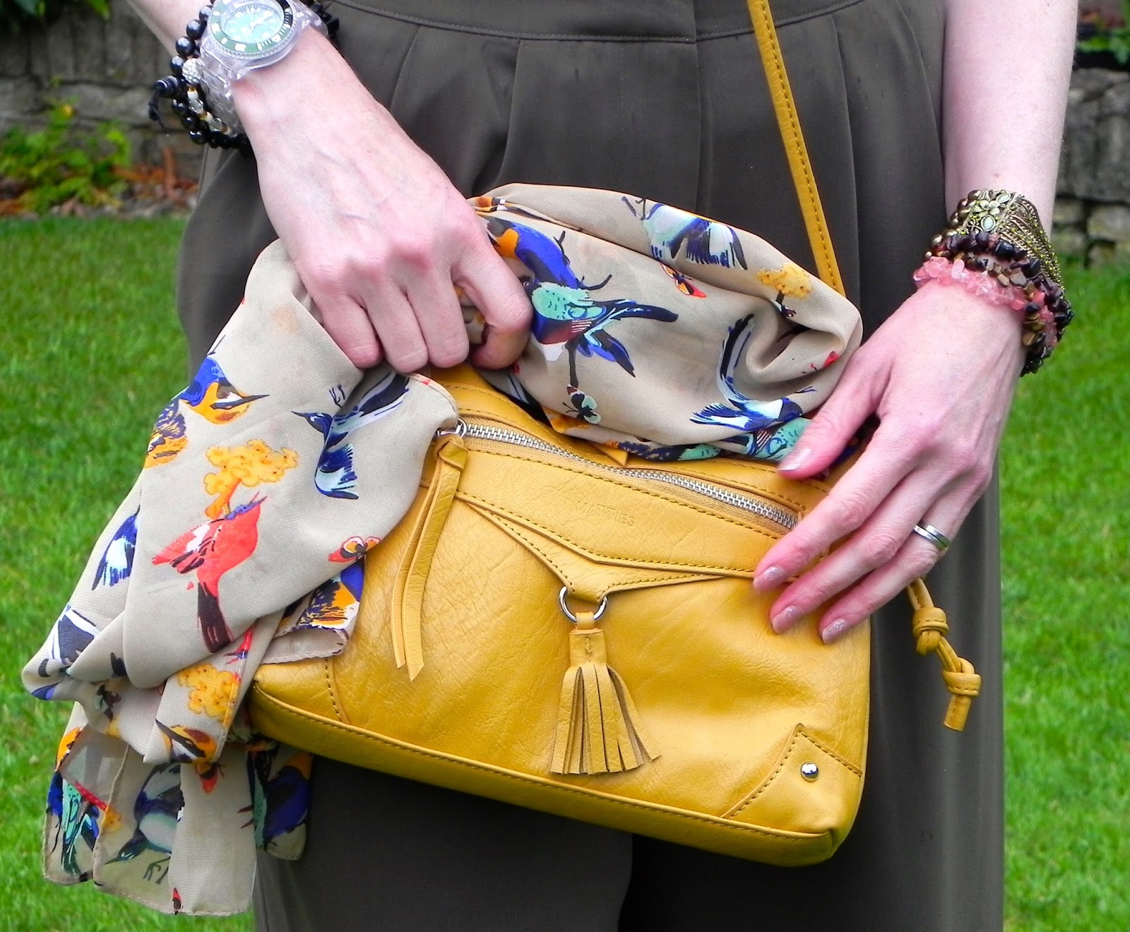 Yellow bag, bird scarf, culottes
