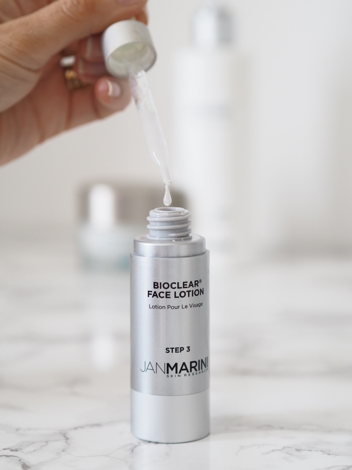 skin saviours \ Jan Marini  \ Bioclear lotion