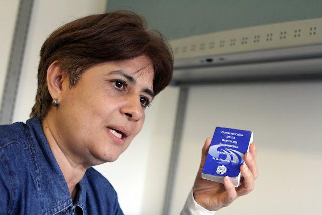 """Ex-Ministra chavista: """"Se debe suspender el pago de la deuda externa"""""""